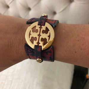 TB bracelet